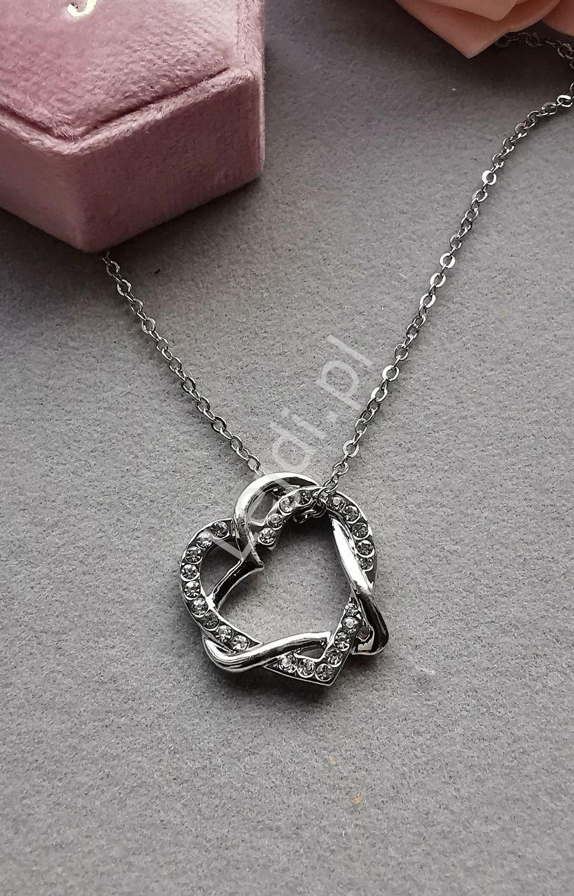 Łańcuszek z dwoma splecionymi sercami z cyrkoniami