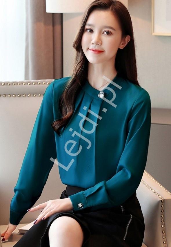 Butelkowo zielona bluzka damska z ozdobnymi guzikami 6902