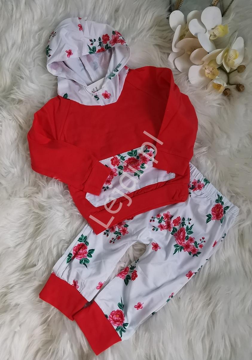 Czerwono biały dres dla dziewczynki w kolorowe kwiaty 135