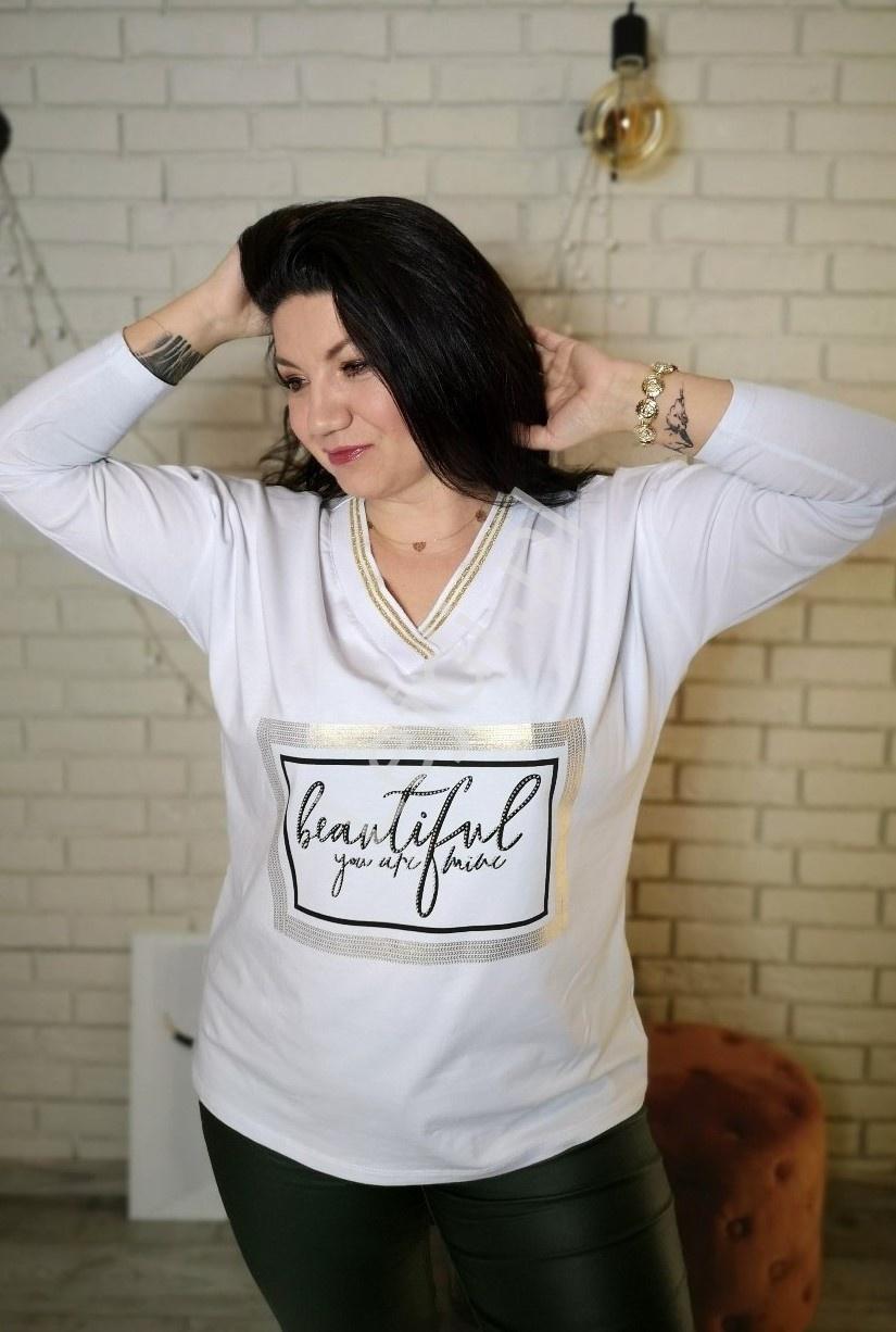 Bawełniana bluzka plus size w białym kolorze z kryształkowym napisem