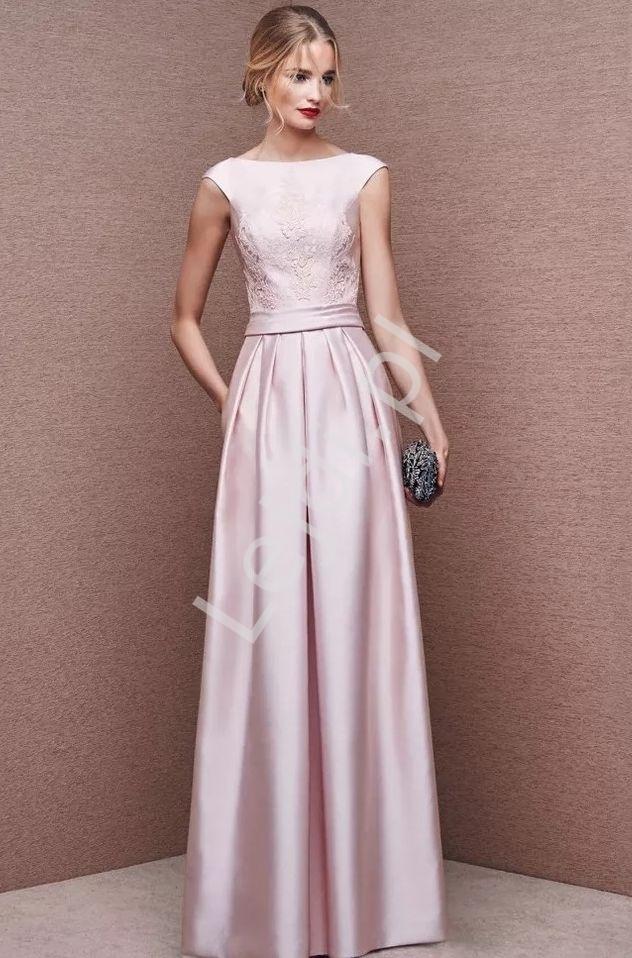 Jasnoróżowa suknia wieczorowa z koronką joanna