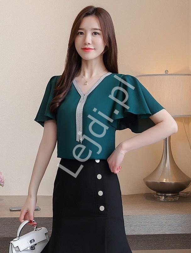 Butelkowo zielona szyfonowa bluzka z zdobieniem łańcuszkami przy dekolcie 2793