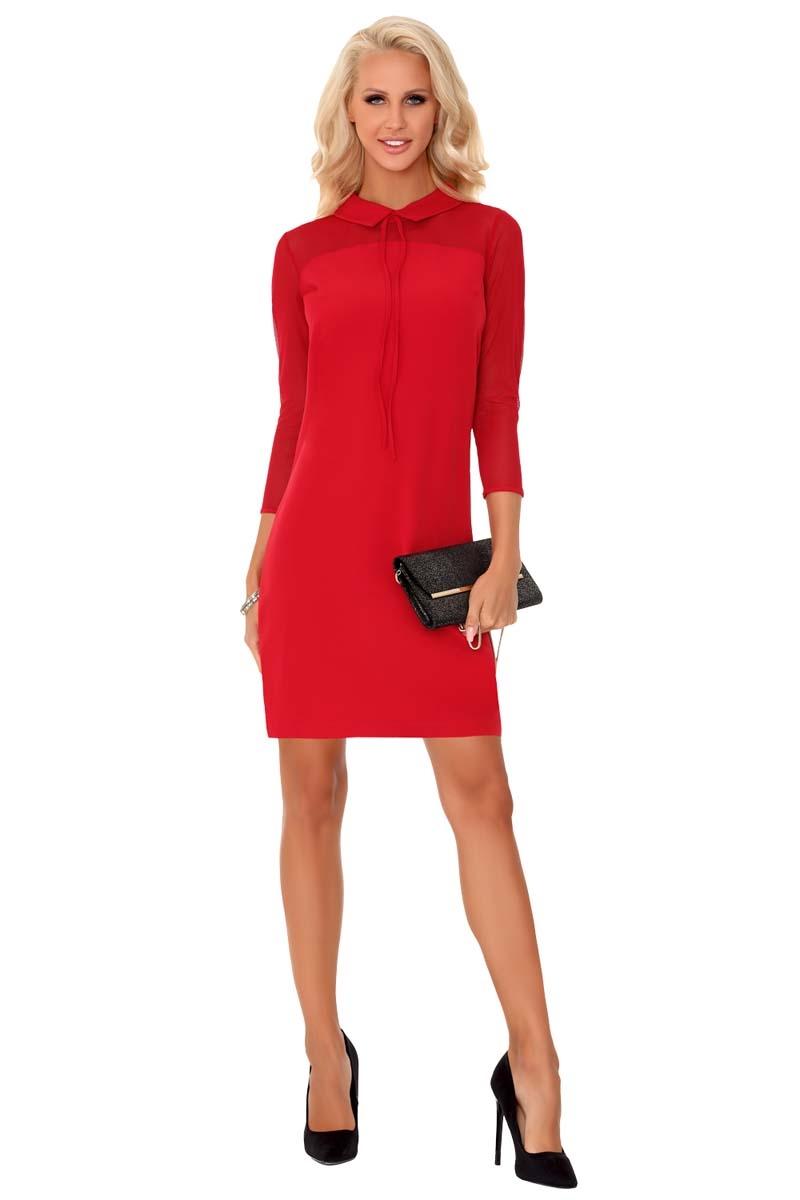 Czerwona wizytowa dopasowana sukienka z kołnierzykiem