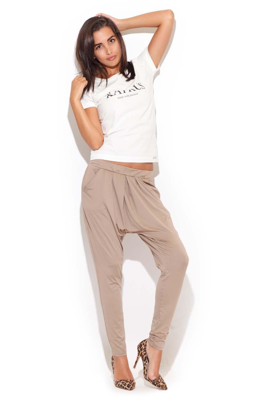 Image of Beżowe długie spodnie z obniżonym krokiem