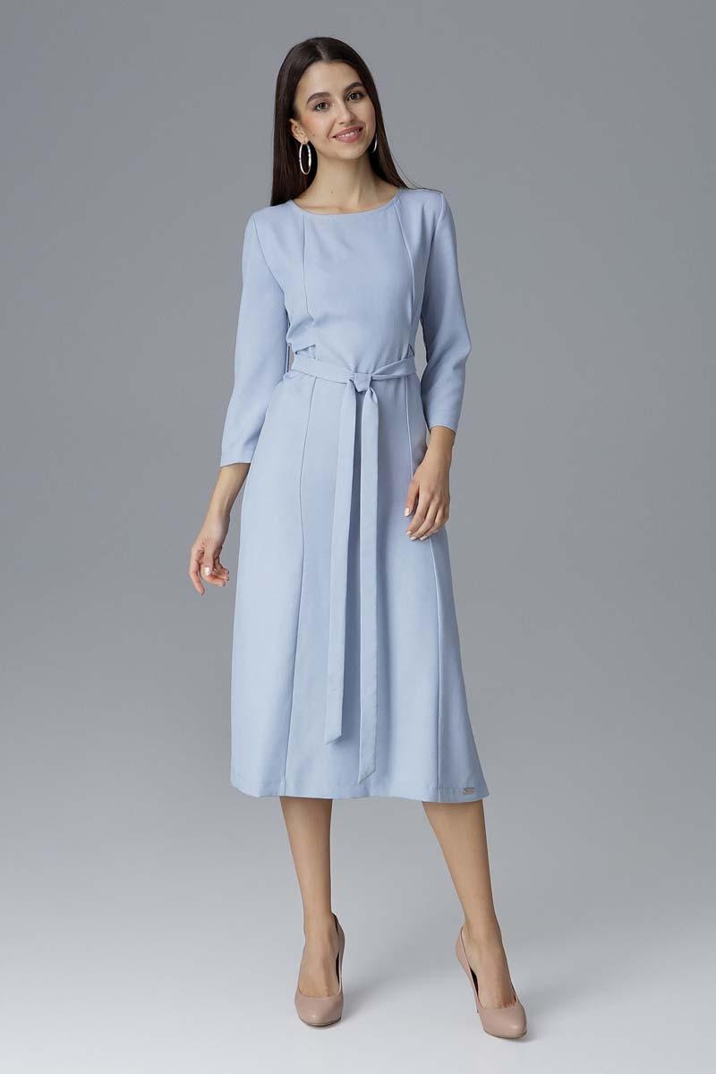 Błękitna rozkloszowana wizytowa sukienka z przeszyciami i paskiem