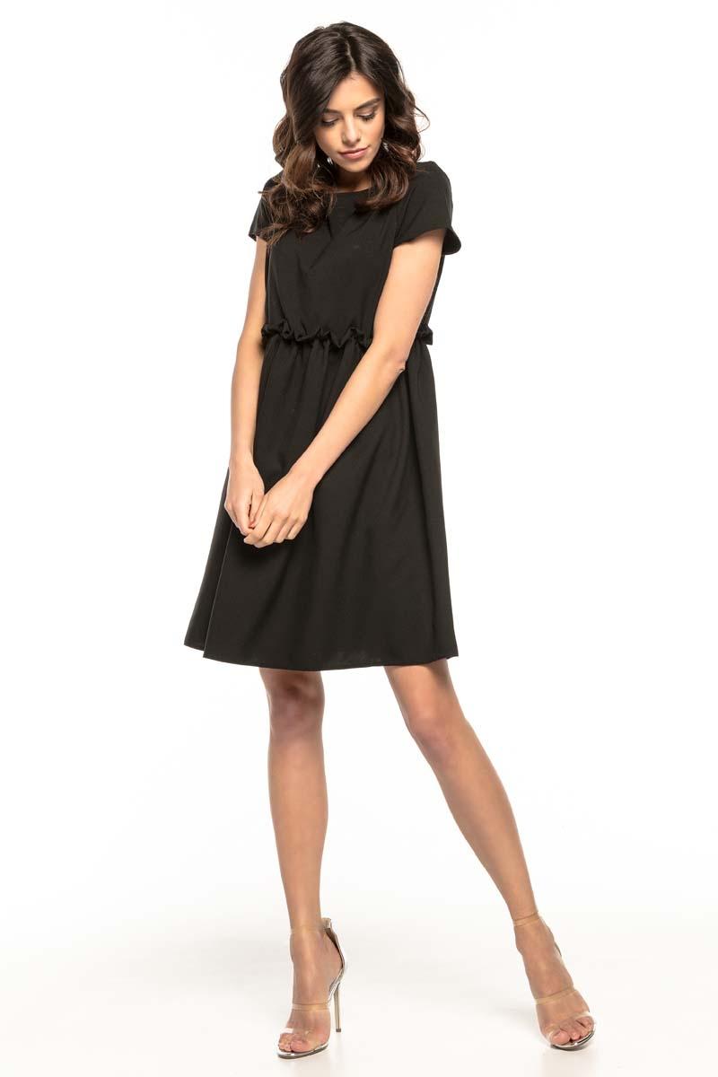 Czarna lekka zwiewna sukienka z mini rękawkiem