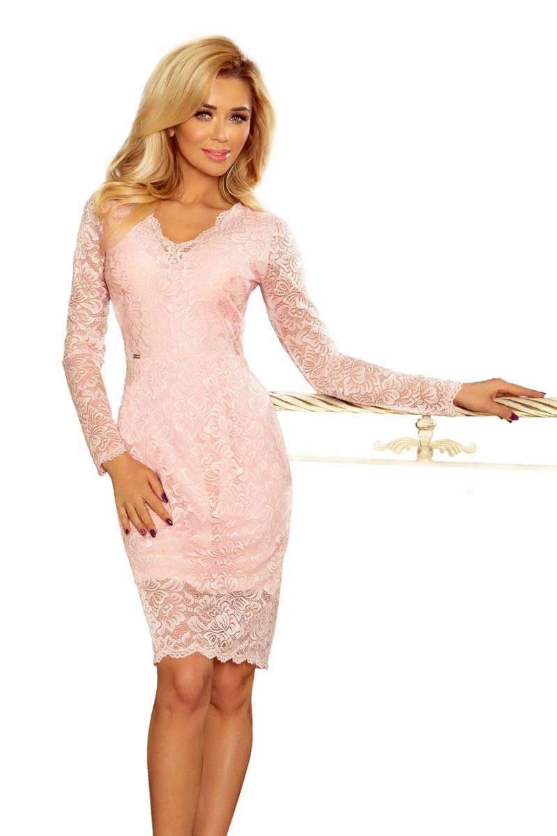Jasnoróżowa koronkowa sukienka koktajlowa