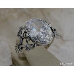 Agira - srebrny pierścionek z kryształem swarovskiego